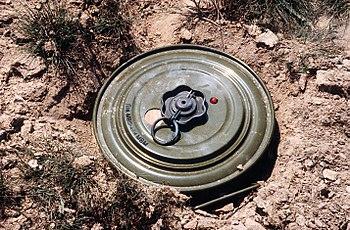 القصرين :تفاصيل إنفجار الألغام على وكيل مساعد الجمهورية ومدير إقليم الأمن الوطني