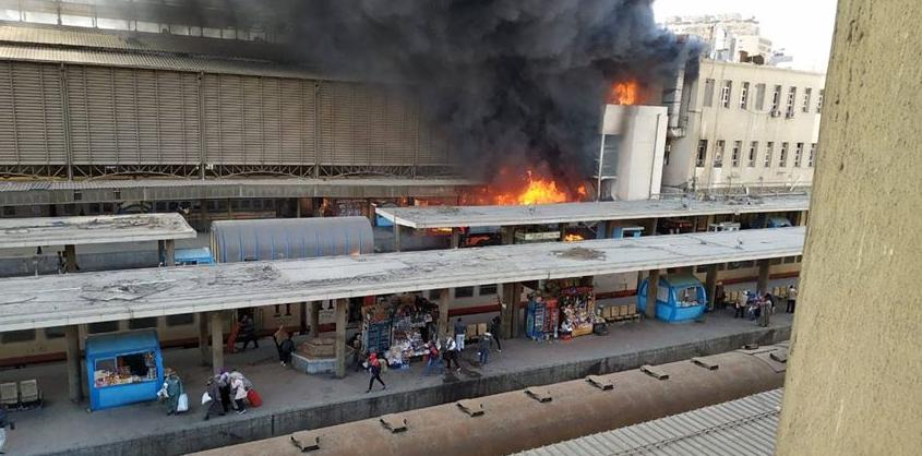 قتلى وجرحى في حريق بمحطة قطارات بالقاهرة