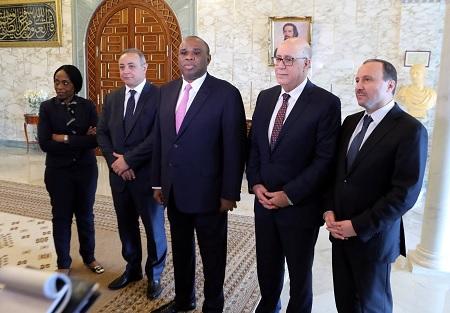 البنك الافريقي للتصدير ينظر في رصد 500 مليون دولار لدعم الاستثمار بين تونس وافريقيا