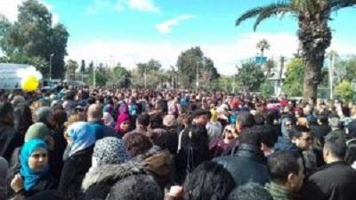 الاساتذة الجامعيون في وقفة احتجاجية يوم 20 فيفري