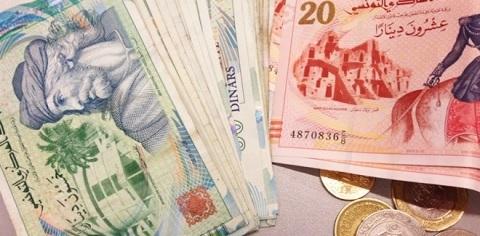 الدينار التونسي يفقد أكثر من 24 % من قيمته مقابل الدولار