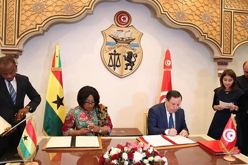 التوقيع على 3 اتفاقيات تعاون بين تونس وغانا