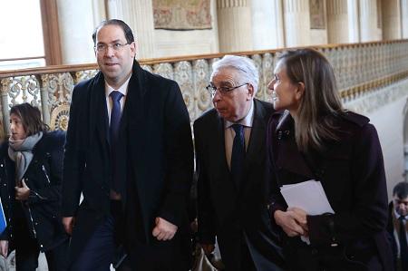 """الشاهد للفرنسيين:""""استثمروا في تونس…استثمروا في الديمقراطية"""""""