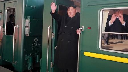 قطار مُصفح يُقلّ زعيم كوريا الشمالية الى فيتنام