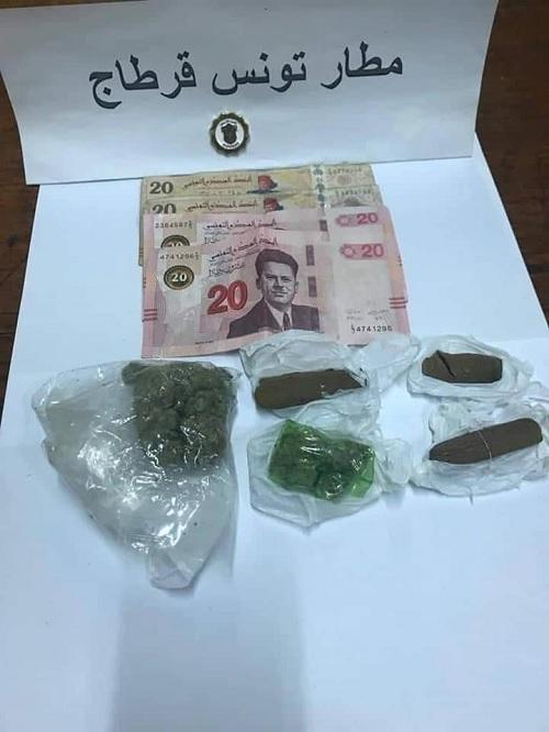 مطار قرطاج: إحباط تهريب عملة أجنبية ومخدرات