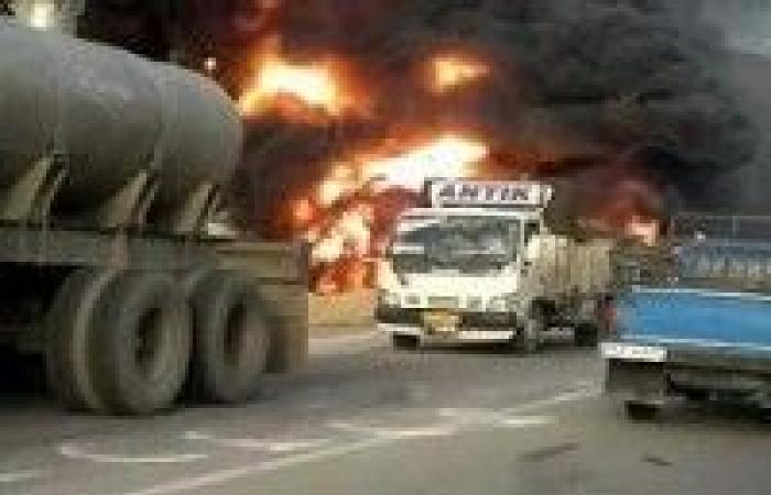 مسلحان يفجران شاحنة لنقل الغاز في إيران