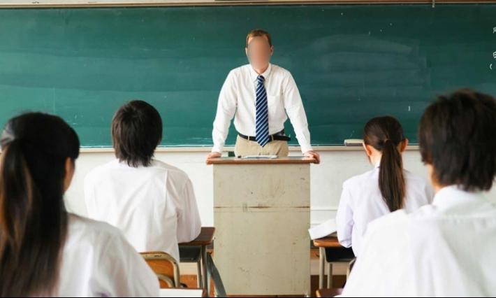 نابل: عزل أستاذ تعليم ثانوي اغتصب إحدى تلميذاته