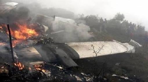 سقوط طائرة عسكرية في الجزائر