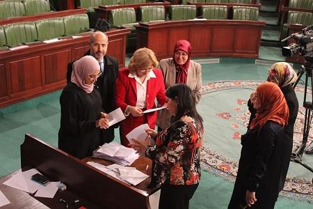 فشل البرلمان في انتخاب أعضاء المحكمة الدستورية
