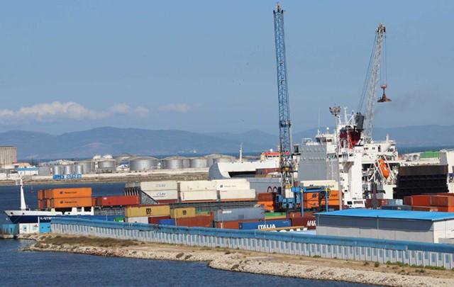 ميناء حلق الوادي: حجز سجائر إلكترونية بـ 184 ألف دينار