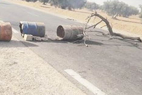 القيروان: فتح طريق العوايد بالشراردة بعد تدخل امني