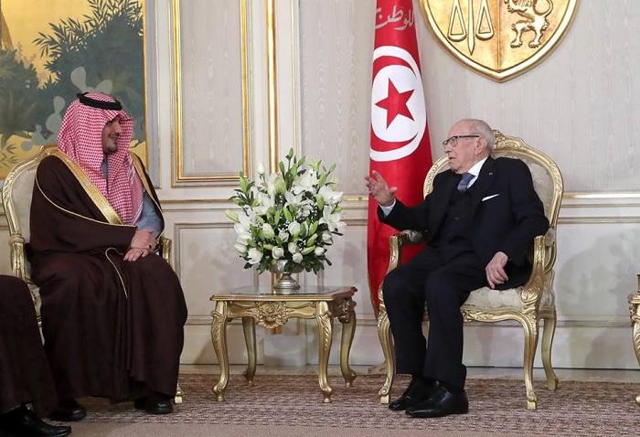 رئيس الجمهورية يلتقي وزير الداخلية السعودي