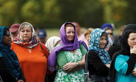 نيوزيلنديات يرتدين الحجاب دعما لضحايا هجوم المسجدين