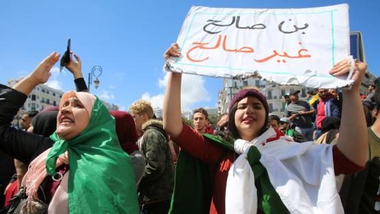 احتجاجات في الجزائر للمطالبة برحيل الرئيس المؤقت