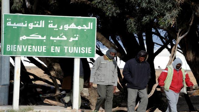 مفوضية اللاجئين: 10 طالبي لجوء يتوافدون على تونس أسبوعياً