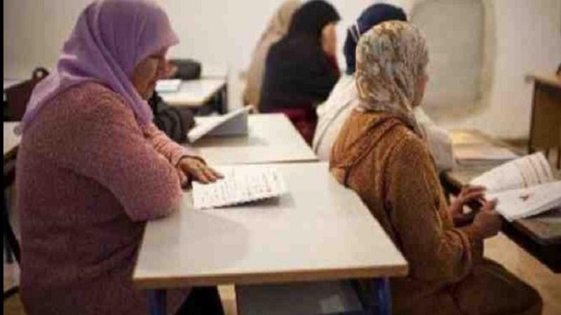 تراجع النسبة العامة للأمية في تونس