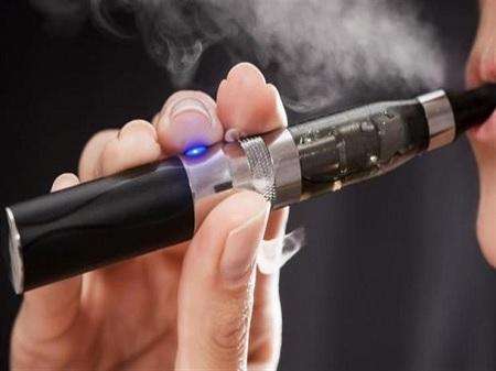 إحباط توريد سجائر إلكترونية بقيمة تناهز 400 ألف دينار