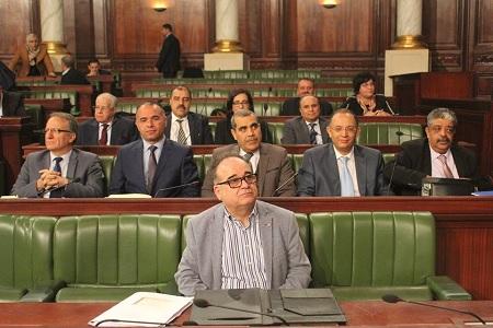 البرلمان: المصادقة على مشروع قانون الترفيع في سن التقاعد