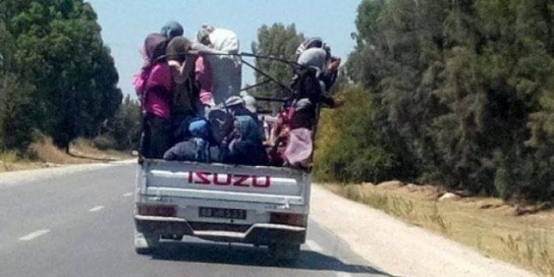 مدنين ..انقلاب شاحنة لنقل العاملات و وقوع إصابات