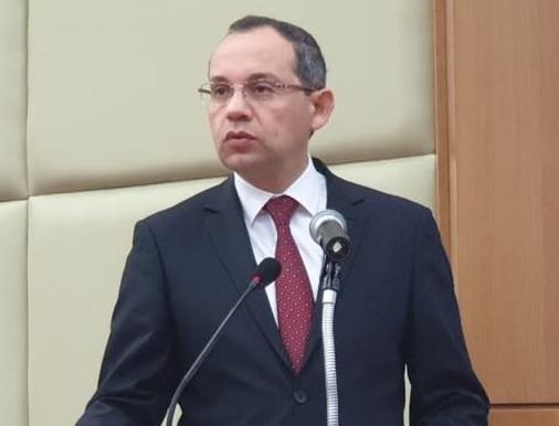 وزير الداخلية يؤكد الرفع من درجة الاهبة الأمنية