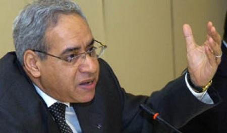 """توفيق بكار:""""النقد الدولي لم يضخ دولارا واحدا في تونس من 1991 إلى 2010″"""