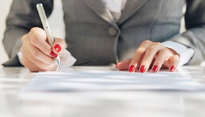 تراجع نسبة تعيين النساء في المناصب القيادية