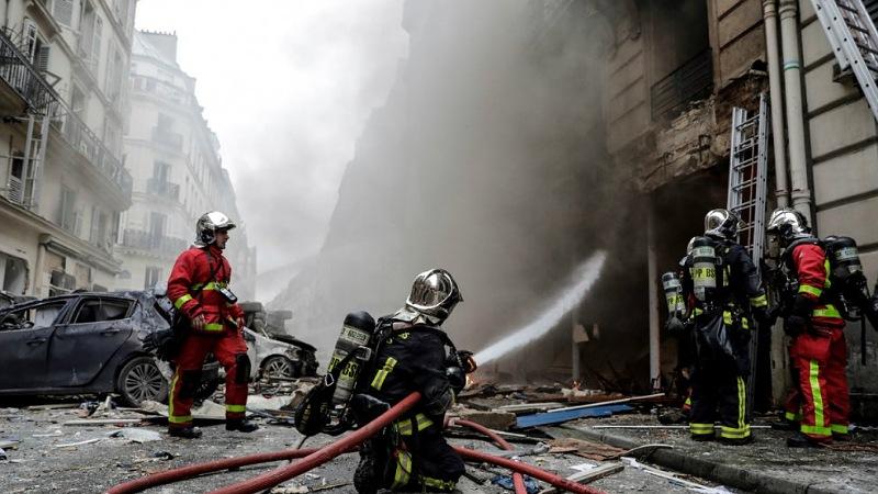 قتلى في حريق وسط باريس