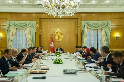 الشاهد يشرف على اجتماع المجلس الأعلى للإستثمار