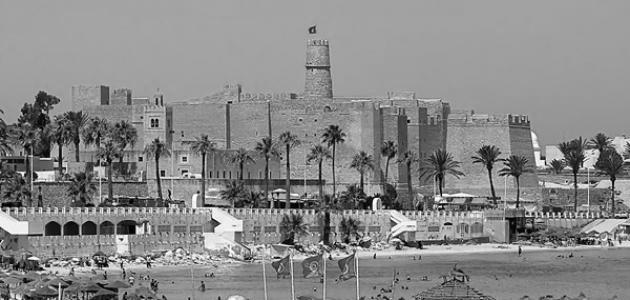 المنستير: اقتراح غلق 3 محلات في محيط المنطقة السياحية