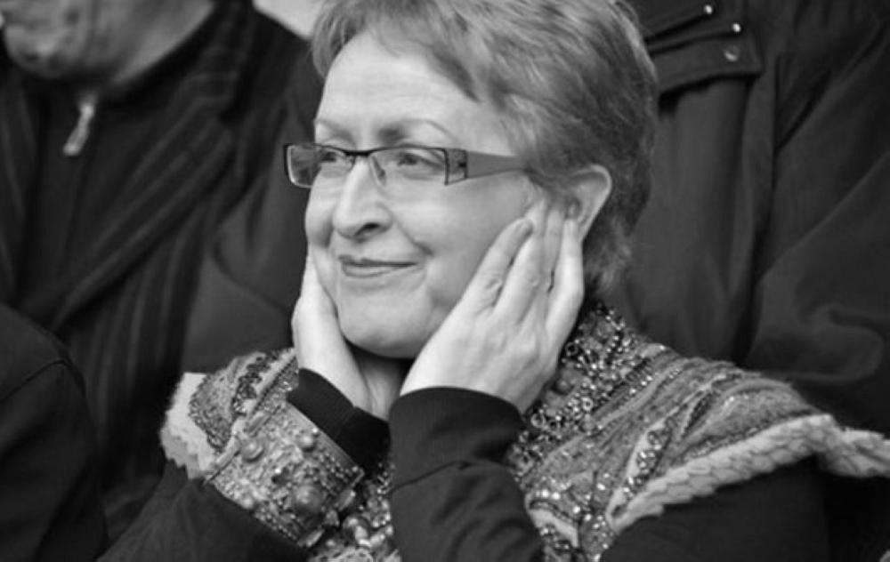 هروب وزيرة جزائرية سابقة إلى فرنسا بعد متابعتها في قضية فساد
