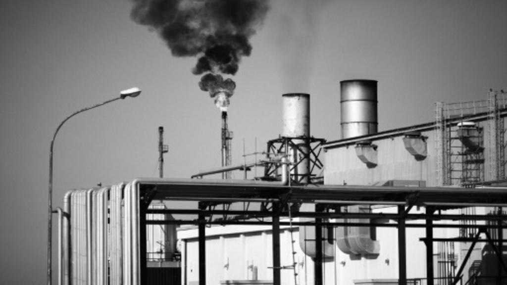 إغلاق حقل الشرارة النفطي الرئيسي في ليبيا