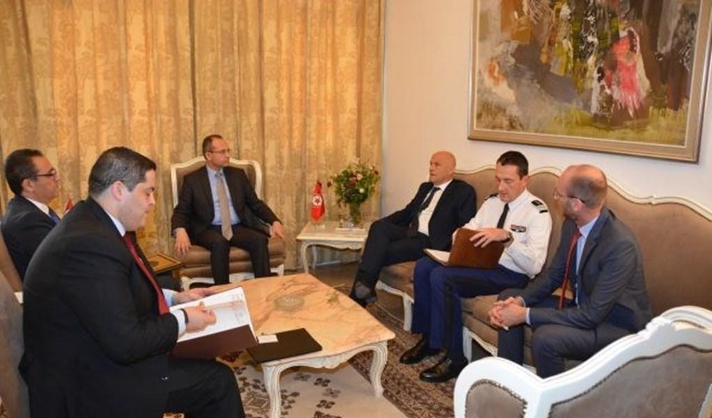 فحوى لقاء وزير الدّاخليّة بالسفير الفرنسي بتونس