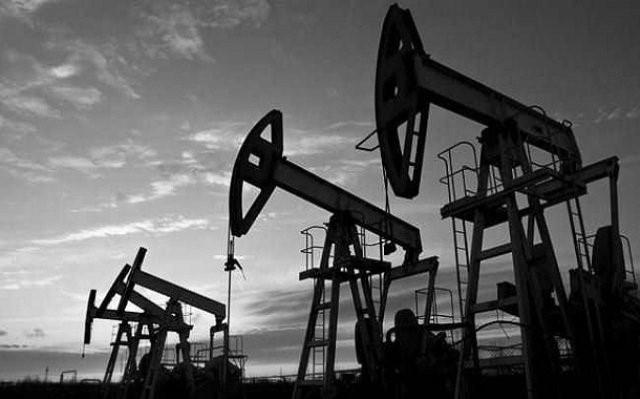العراق والكويت يدرسان تطوير حقول النفط المشتركة
