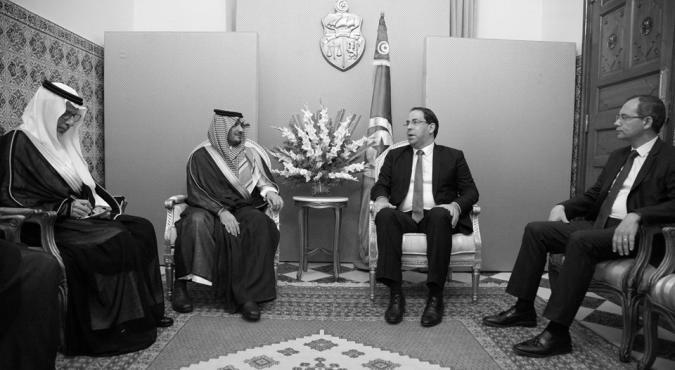 الشاهد يلتقي وزير الداخلية السعودي