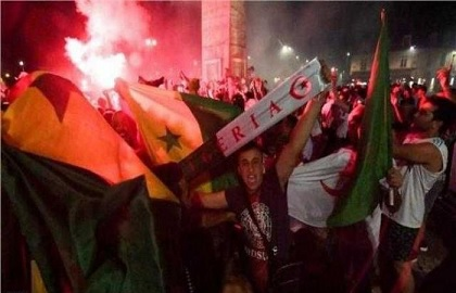"""الجزائر: قتلى و جرحى في احتفالات التاهل لنهائي""""الكان"""""""