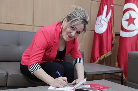 النائب لمياء مليح تنضمّ إلى حركة تحيا تونس