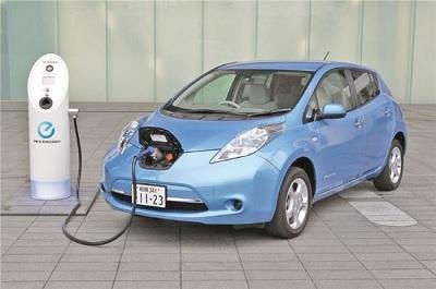 """قانون أوروبي جديد يجبر السيارات الكهربائية على """"إصدار ضجيج"""""""