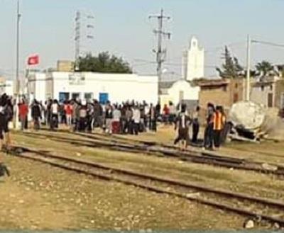 سليانة: وفاة كهل في حادث اصطدام بين جرار فلاحي و قطار