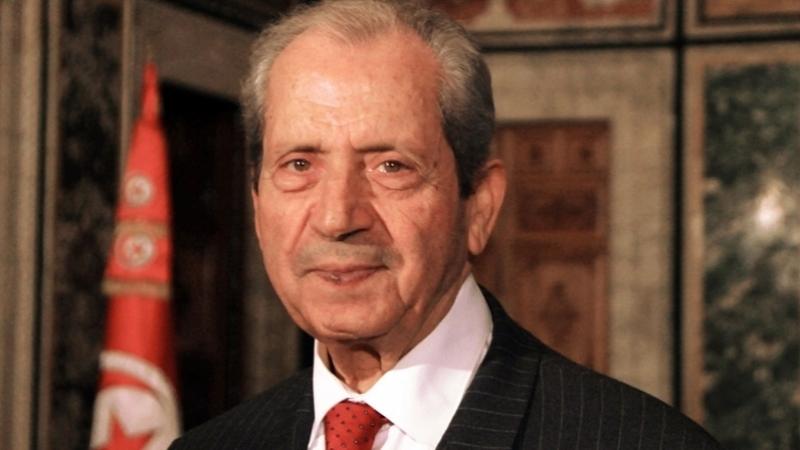 محمد الناصر يُكرّم عددا من الرياضيين