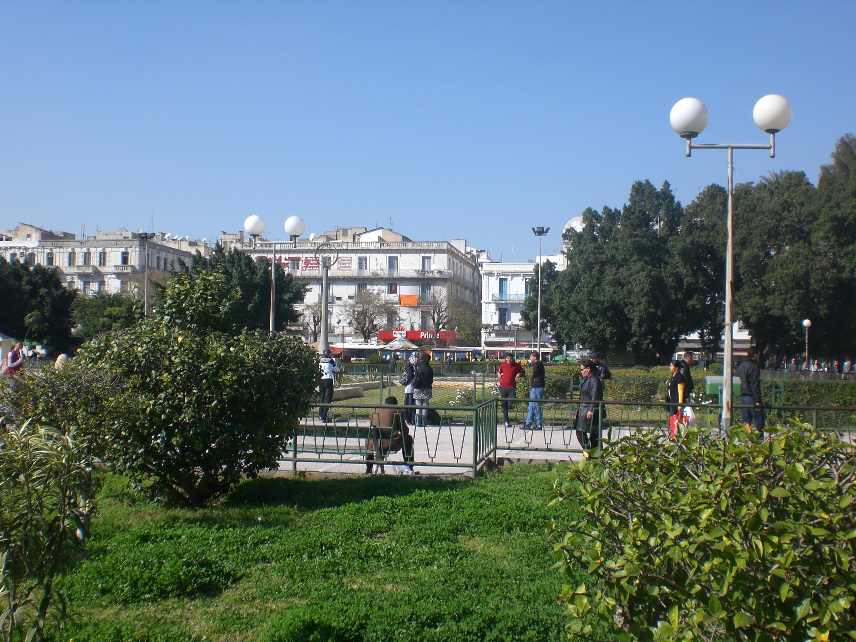 مارس 2021: انطلاق مشروع تهيئة ساحة برشلونة بالعاصمة
