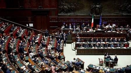 الحكومة الإيطالية الجديدة تنال ثقة مجلس النواب