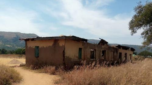 أغلبهم أطفال: إنقاذ 300 شخص مقيدون بسلاسل شمال نيجيريا