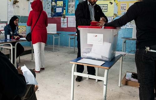أبرز الاخلالات والتجاوزات المُسجلة  في الساعات الاولى للاقتراع