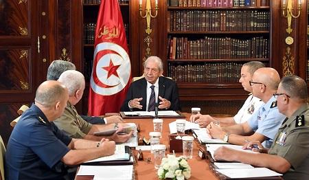 الناصر يُشرف على اجتماع المجلس الأعلى للجيوش