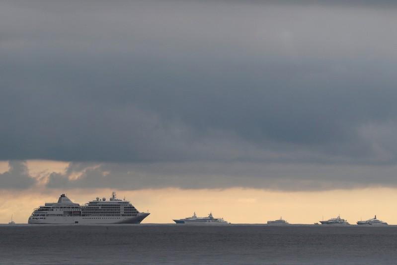 كان الفرنسية تحظر السفن السياحية المسببة للتلوث
