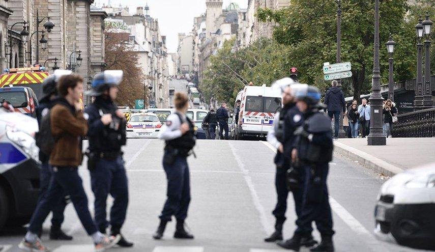 5 قتلى في هجوم بسكين على مقر شرطة بباريس