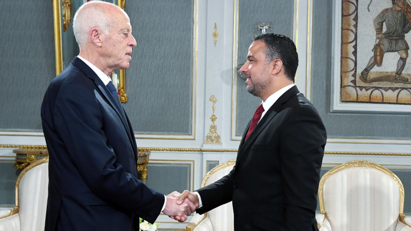 قيس سعيد يلتقي سيف الدين مخلوف
