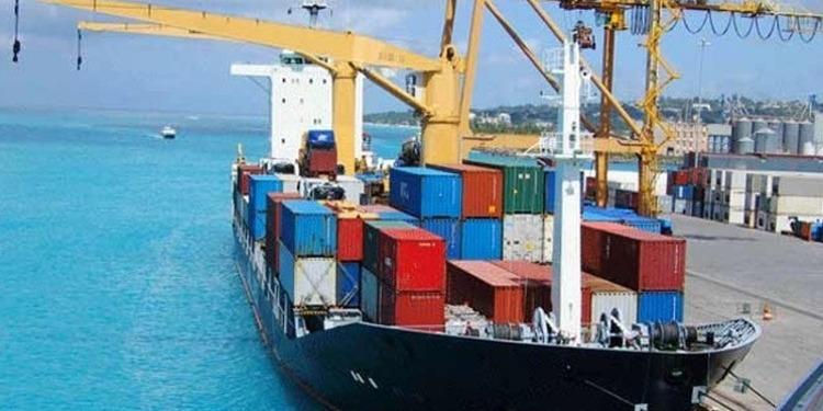 """لدفع الصادرات: امتيازات خاصة للمؤسسات الوطنية ضمن برنامج """"تصدير+"""""""