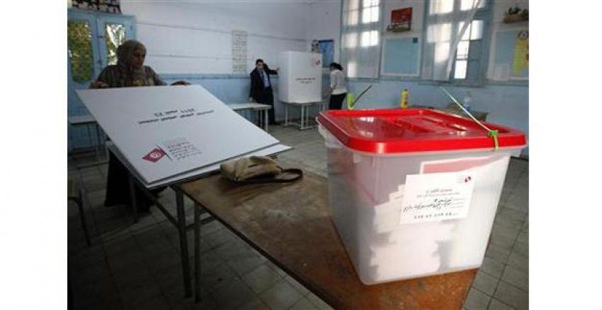 منع 3 مراقبين من متابعة عملية الاقتراع