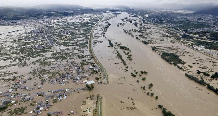 ارتفاع عدد ضحايا إعصار اليابان إلى 74 قتيلا